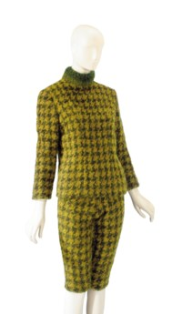 AN YVES SAINT LAURENT GREEN WOOL HOUNDSTOOTH TWO-PIECE ENSEMBLE