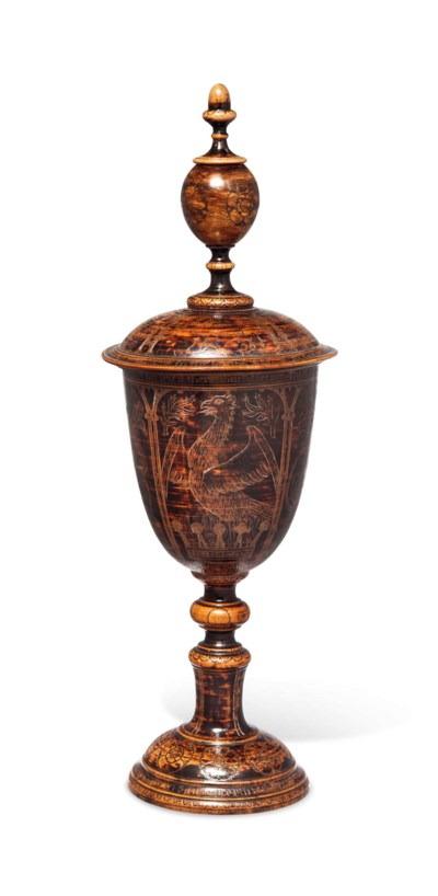 A PEARWOOD STANDING 'ARMORIAL'