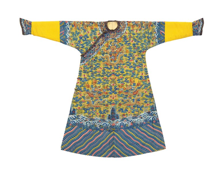 A magnificent imperial yellow kesi twelve-symbol dragon robe made for the emperor, longpao, Jiaqing period (1796-1820). 59¼ x 75¾  in (150.4 x 192.4  cm). Sold for $756,500 on 22-23 March 2018 at Christie's in New York