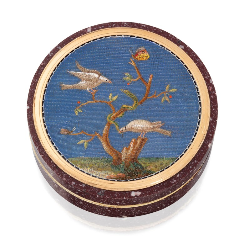 An Italian silver-gilt mounted hardstone bonbonnière set with a micromosaic plaque, Rome, circa 1800. 2¾  in (70  mm)  diam. Sold for £10,625 on 5 December 2019 at Christie's in London