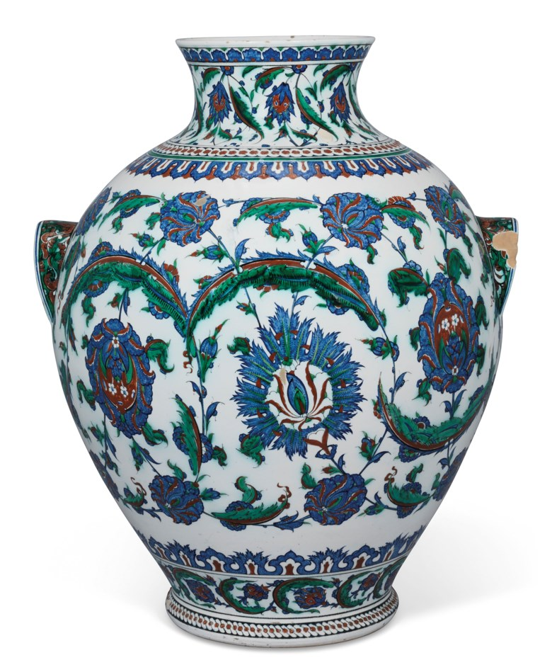 An impressive Iznik-style pottery vase, Ulisse Cantagalli, Florence, Italy, late 19th century. 23¾ in (60.4 cm) high. Estimate £8,000-12,000. Offered in Art of the Islamic and Indian Worlds Including Oriental Rugs and Carpets on 2 April 2020 at Christie's in London