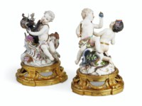 A PAIR OF MEISSEN FIGURE GROUP