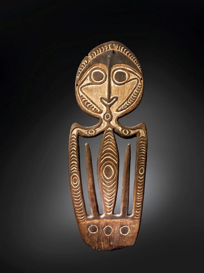 Kerewa skull hook, Agiba, Kikori Delta, Goaribari Island, Gulf of Papua New Guinea. Height36¼ in (92 cm). Estimate €120,000-180,000. Offered in African, Oceanic and North American Arton 2 June 2020 at Christie's in Paris