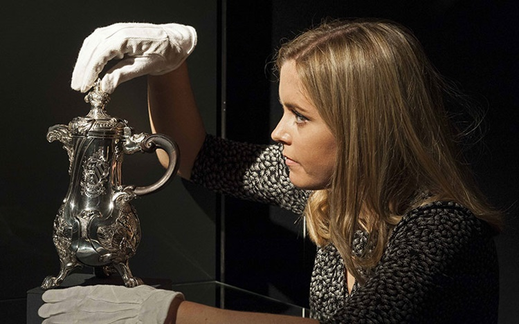 Collecting Guide: How to care  auction at Christies