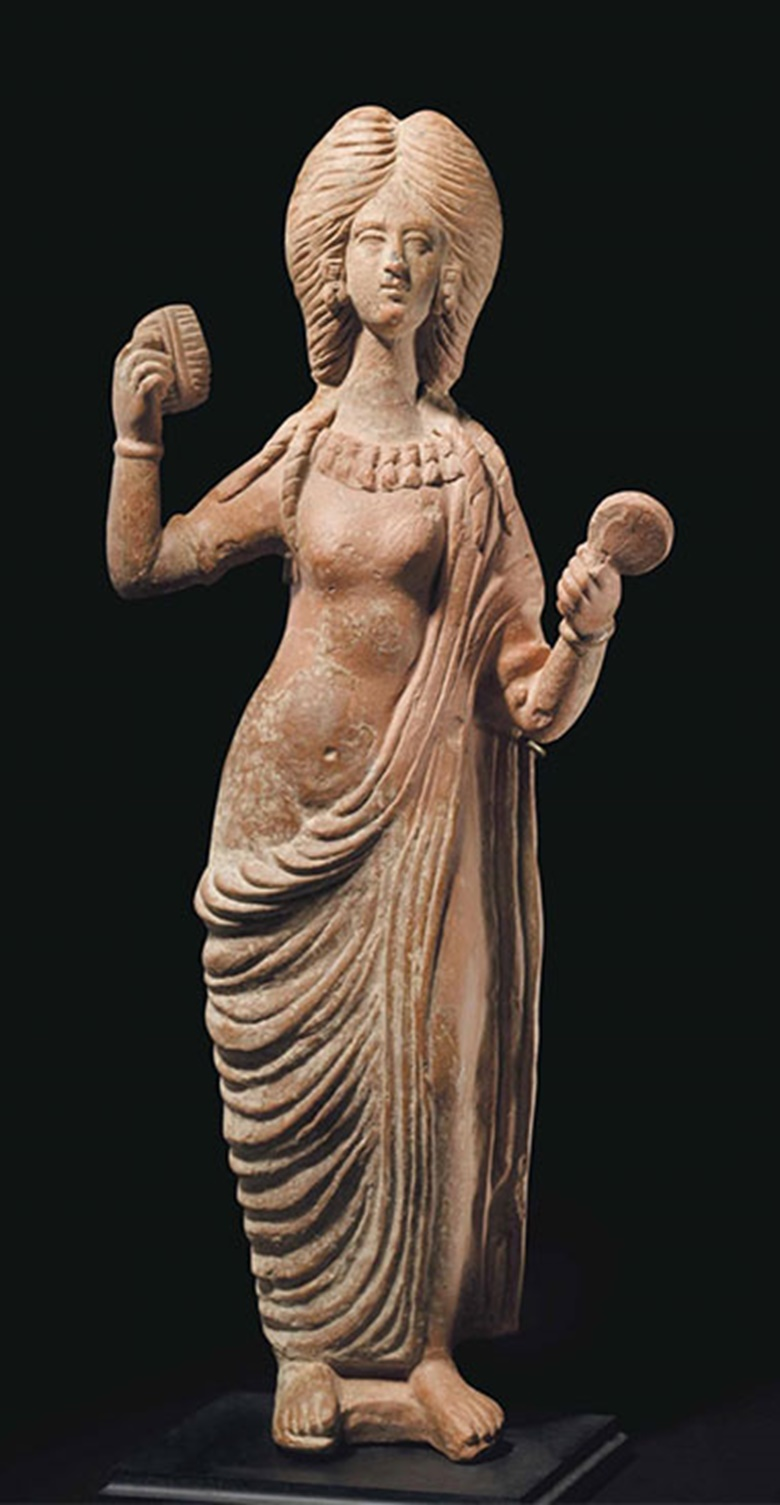 A Roman terracotta Venus. C. late 2nd century AD. 20 in (50.8 cm) high. This lot was offered inAntiquitieson 25 October 2016 at Christie's in New York and sold for $10,000