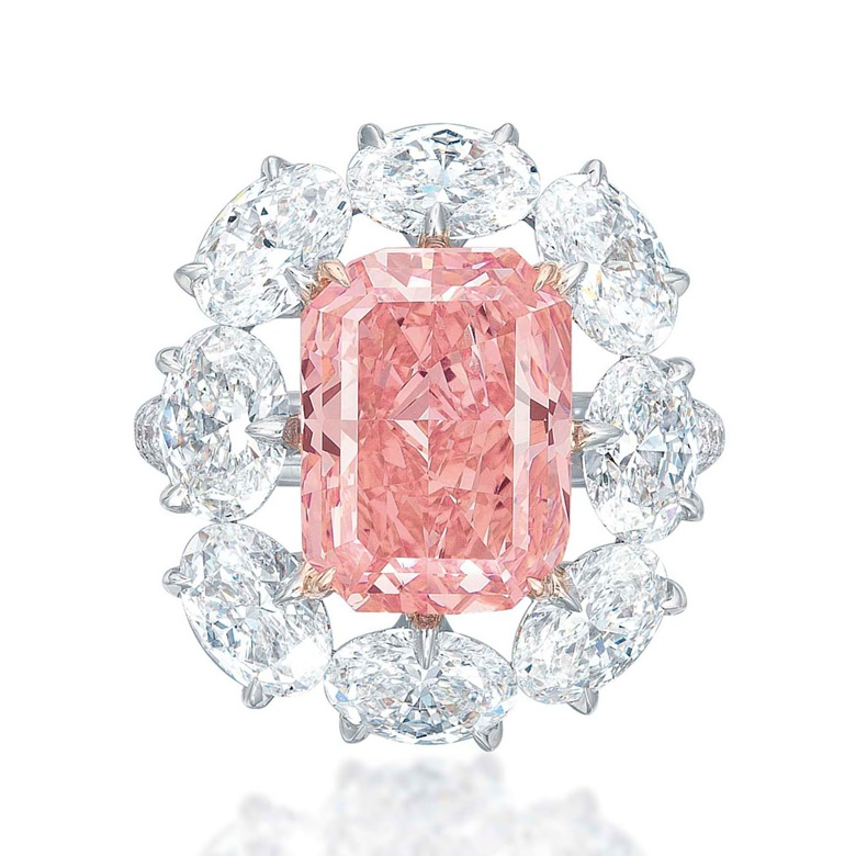 A magnificent coloured diamond ring. Sold for CHF 10,021,000 on 13 May 2015 at Christie's in Geneva