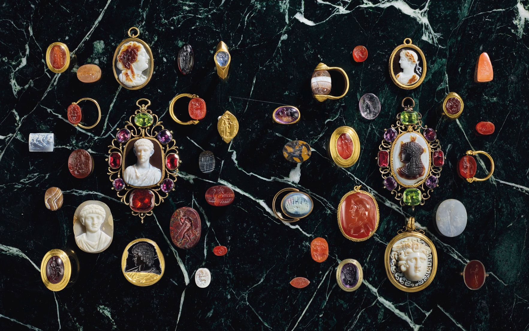 A brief history of engraved Classical gems