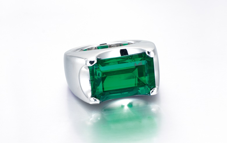 An exceptional emerald ring. Sold for HK$17,560,000 on 1 December 2015 at Christie's in Hong Kong