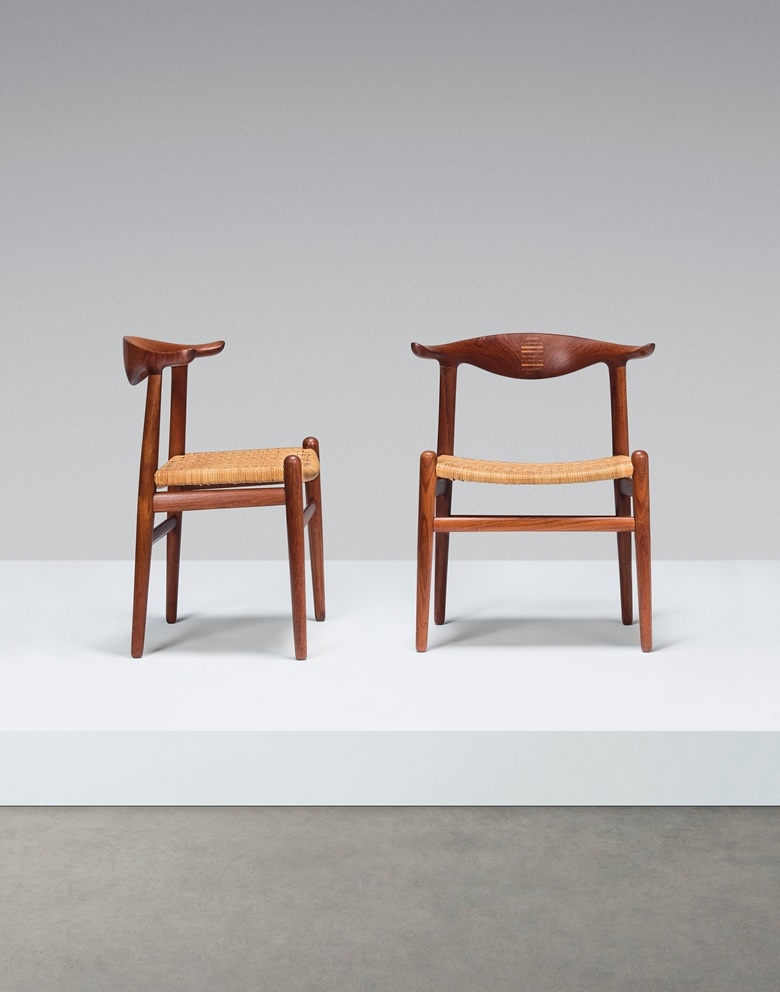 Hans Wegner (1914-2007), A set of 10 'Cowhorn' chairs, model no. JH505, c. 1952. 28¾ x 23¼ x 18 in (73 x 59 x 45.5 cm) each. Estimate £50,000-80,000. Offered in Design on 16 October 2019 at Christie's in London