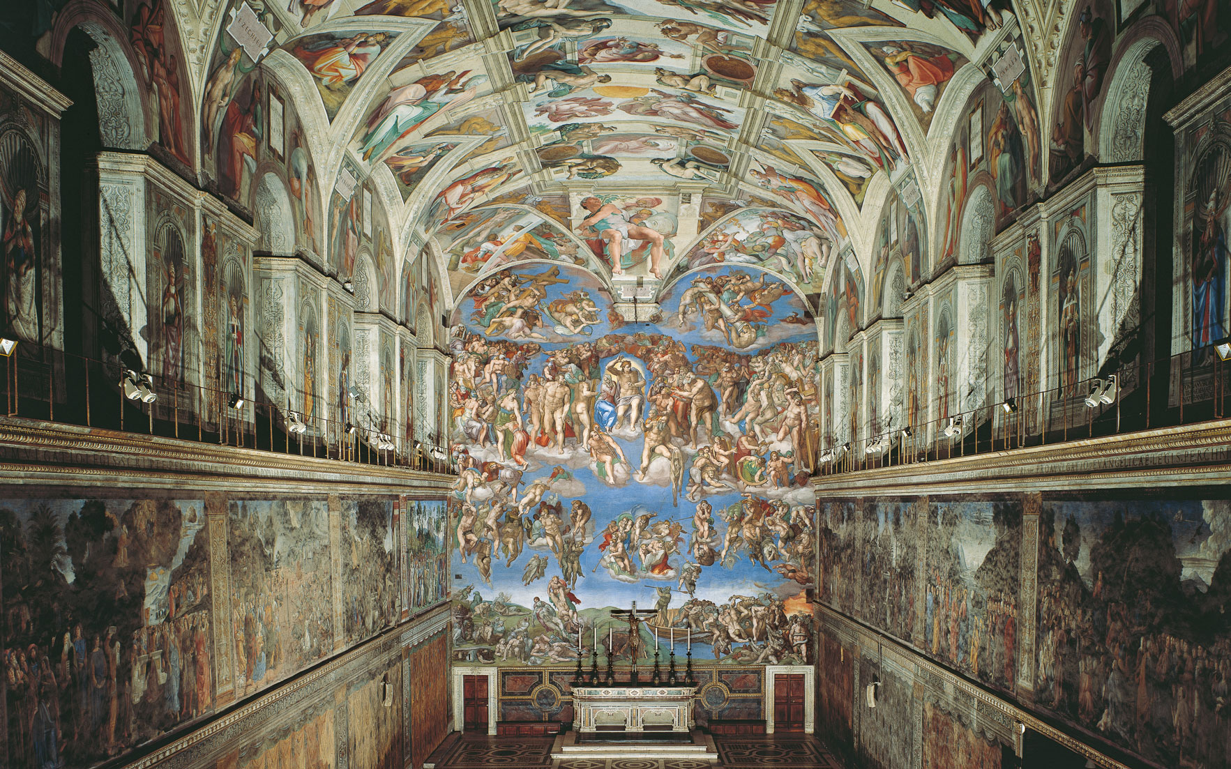 The Sistine Chapel, the full glory of which can be appreciated online. Photo © Mondadori Portfolio  Bridgeman Images